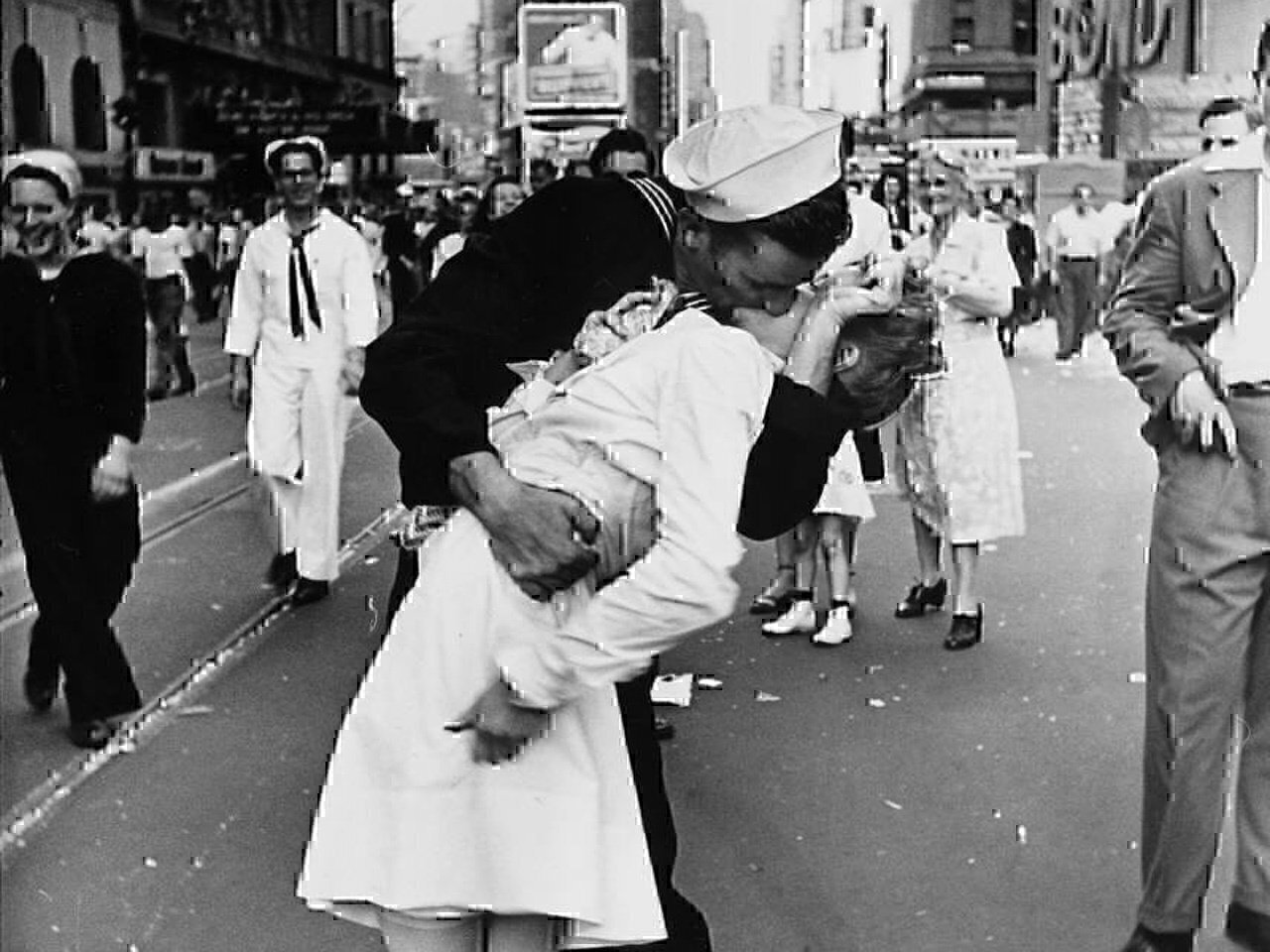 Romantic military photos