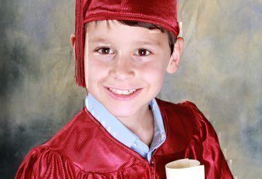 graduation-521544_1920
