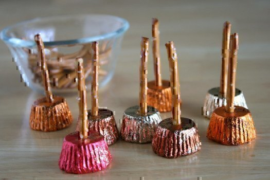 Peanut-Butter-Cup-Witch-Brooms1