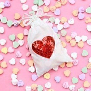 diy_heart_treat_bags-6-645x9191